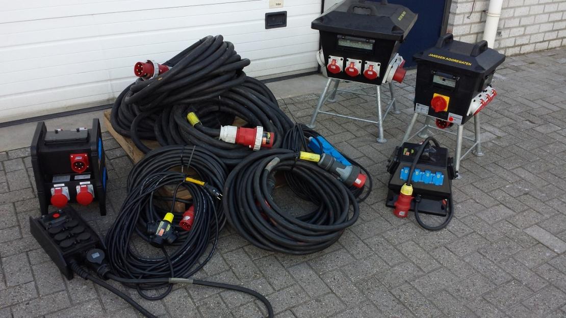 Kabels en verdeelkasten voor aggregaten